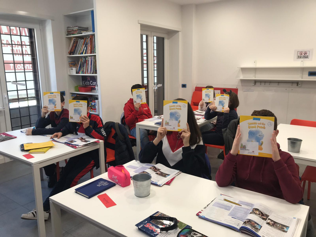 Kids reading in class