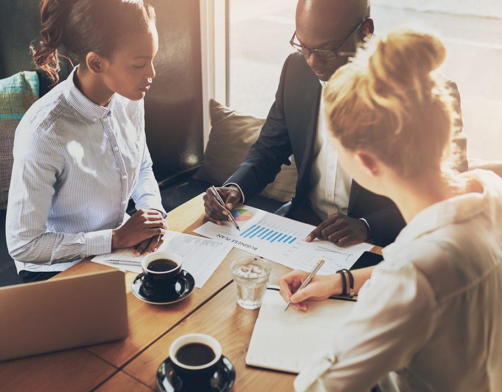 Teaching Advanced Business English Extensive Reading